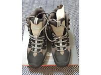 Peter Storm Malvern Women's walking boot size 7. Never worn with box.