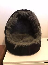 House of paws luxury cat bed