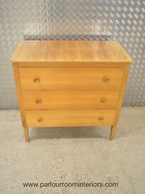 1950s ENGLISH WALNUT CHEST OF DRAWERS