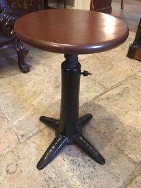 Singer stool