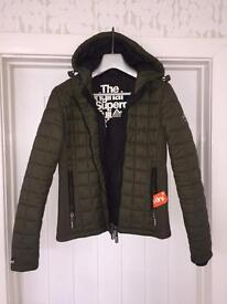 Superdry Fuji Box Quilt Jacket Coat in Khaki Size S Small Good Condition