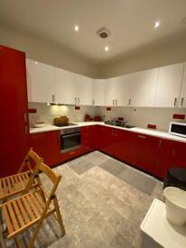 Superb STUDENT HMO MARCHMONT FLAT 4 double Bedrooms, 2 bathrooms fantastic location