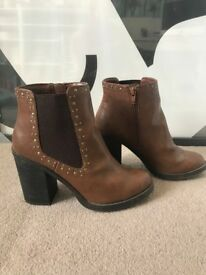 Ladies Brown New Look studded boots UKSize6