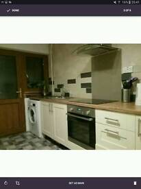 Large Double room for immediate short term let