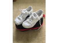Cheerleading shoes Nfinty vengeance size 1
