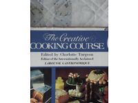THE CREATIVE COOKING COURSE BOOK