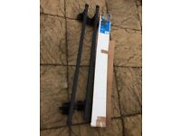 SUM-104 Roof Bars , Steel roof bars for vehicles without roof-rails.