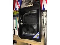 Dry cabinet for camera