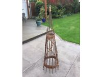 1.5 willow-banded obelisk for climbing plants