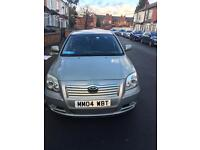Toyota avensis 04 in excellent condition