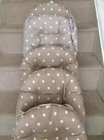 5 x seat cushions