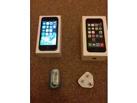 Iphone 5s 16 gb grey Excellent condition EE-locked fully working