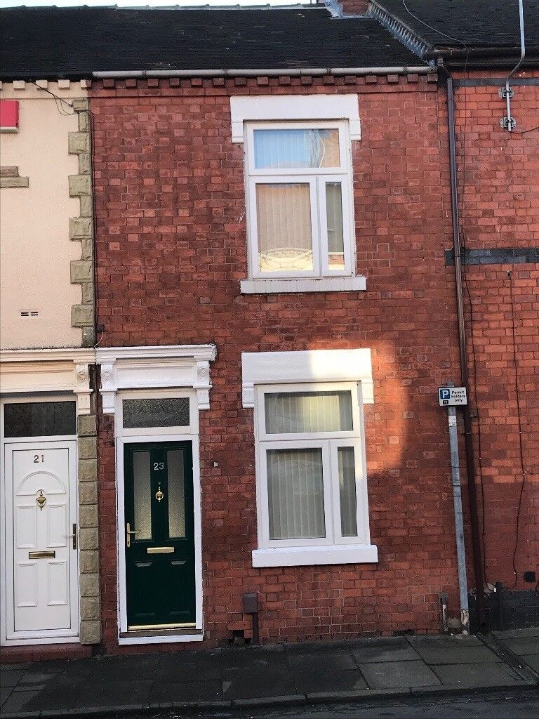 2 bed terraced to let