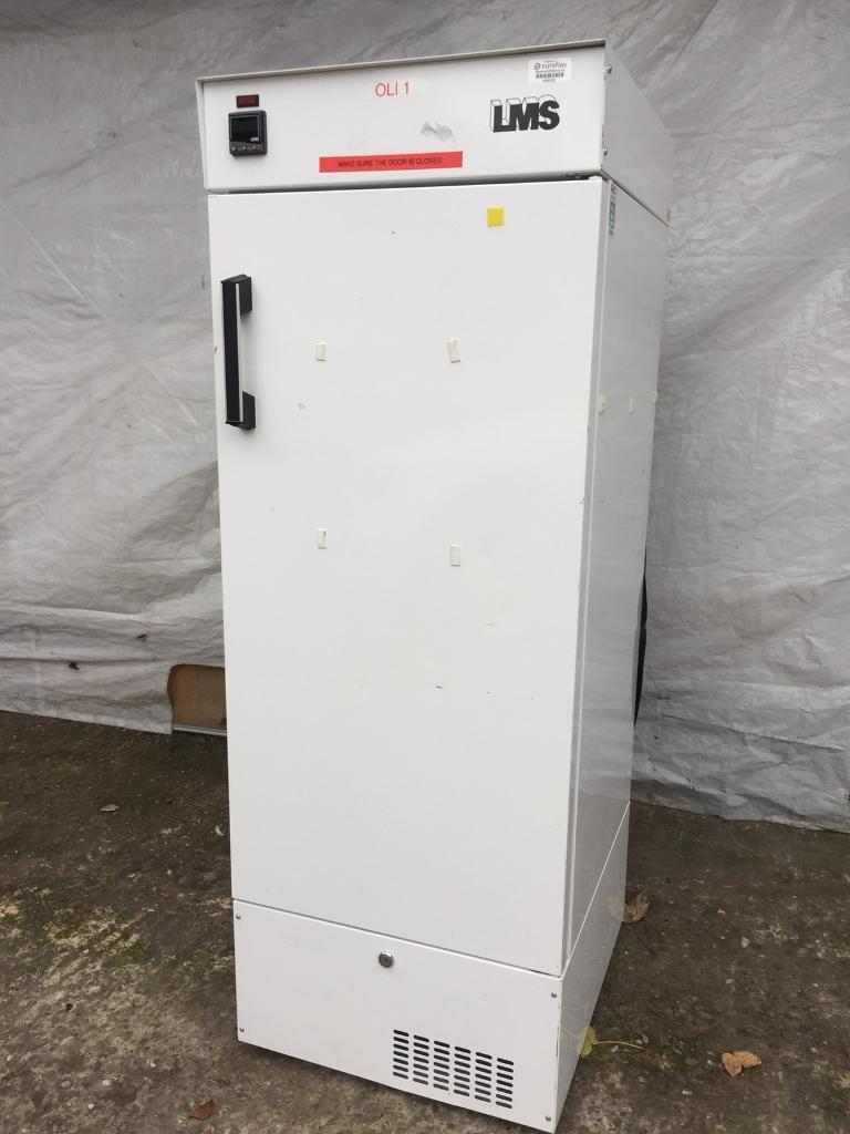 Very good condition pharmacy commercial fridge full working order only £350