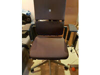 Steel Case V2 Please Office Ergonomic Chair in excellent condition, fully adjustable