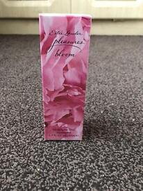Estée Lauder pleasures bloom 50ml EDP Fragrance *sealed*