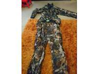Camouflaged clothing