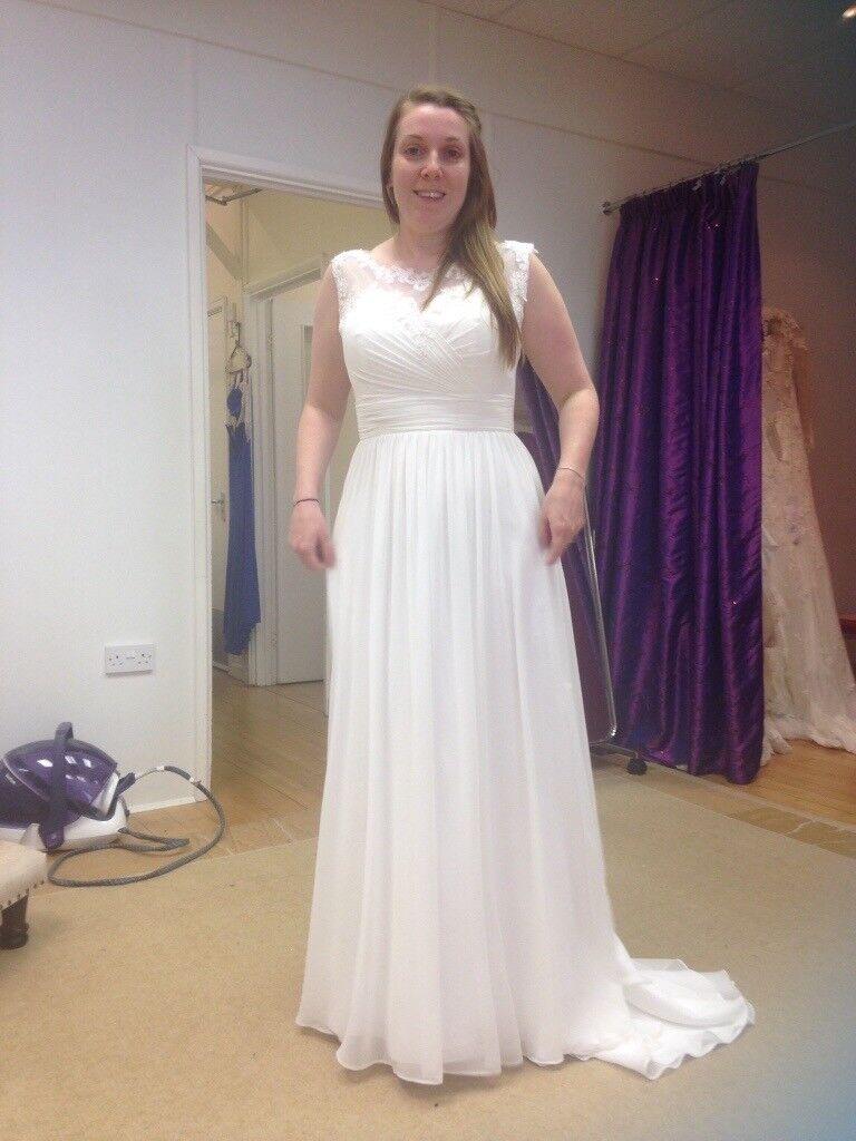 Ivory Chiffon Wedding Dress (size 14)