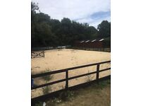 Sand school / ménage 90ft x 60ft available to hire