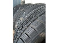 Set of 4 Winter Tyres Hankook only used for one winter