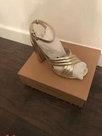 Size 8 River Island heels