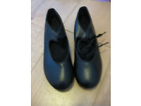 BLACK TAP SHOES SPLIT SOLE (tap on toe & heel) Size 3 LIKE NEW! IMMACULATE (small adult size 3)