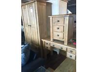 Ex-display**Solid chunky oak 3 pcs bedroom set NOW ONLY £680