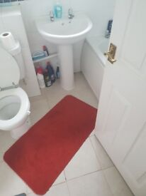 Clean single room for rent in Thame
