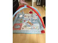 BABY PLAY MAT USED ONCE