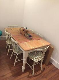 Farm house dining table to seat 6! Bargain