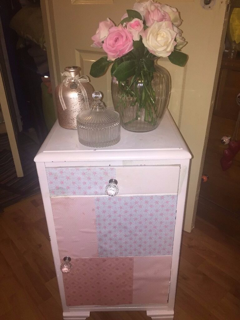 shabby chic cabinet and ornaments