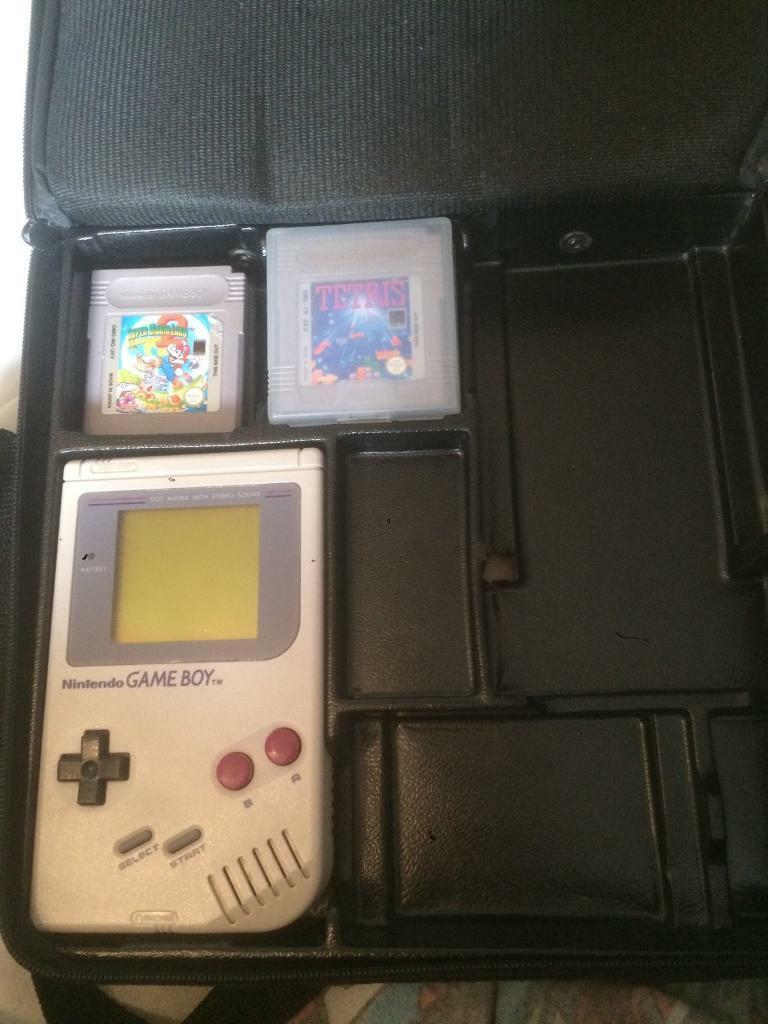 Gameboy 1st model good condition