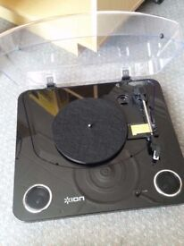 Ion Max Lp turntable with built in Stereo Speakers
