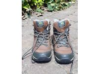 Womens walking boots size 6