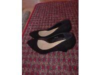 Woman shoes size 6