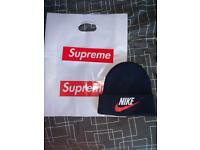 0e5631ffd22 Supreme Nike collab beanie hat minted condition