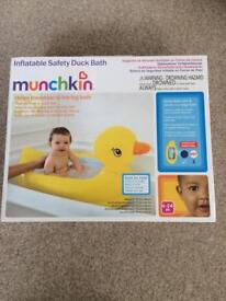 Inflatable Safety Duck Bath 6-24 mths BRAND NEW