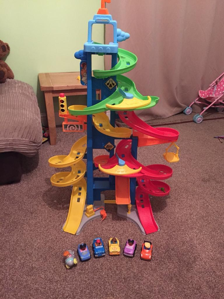Fisher price little people city skyway car tower