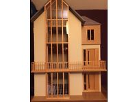 """""""Lake View"""" Collectors Dolls House"""