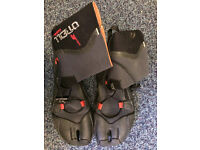 O'Neill 3mm firewall boots with split toe, size UK 9