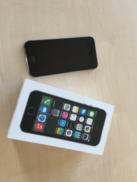 apple iphone 5s 64gb space gray in bremen habenhausen. Black Bedroom Furniture Sets. Home Design Ideas