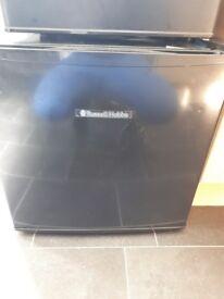 Counter top fridge and freezer