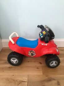 Paw Patrol toy car - immaculate!