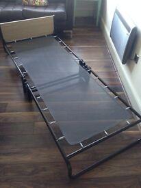 Jay-be fold up bed