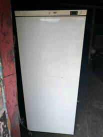 RW600 TN Catering Fridge