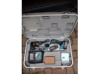 MAKITA 18 VOLT CORDLESS LXT PLANNER, 2 NO 3 AMP BATTERIES, CHARGER, GUIDE RAIL AND CASE