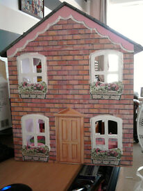 free dolls house newly decorated