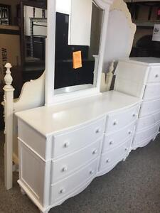 Wood and Veneer Dresser with mirror and nite stand brand new