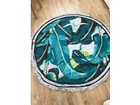 Round Beach Throw NEW