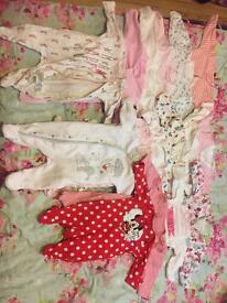 Baby girl clothes bundle have a look!! (117 items)